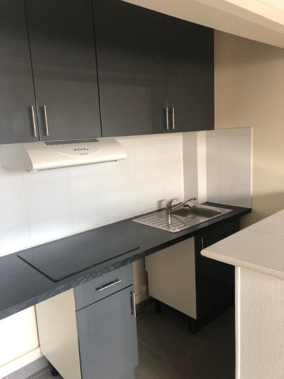 Appartement à louer 1 22.43m2 à Saint-Maur-des-Fossés vignette-3
