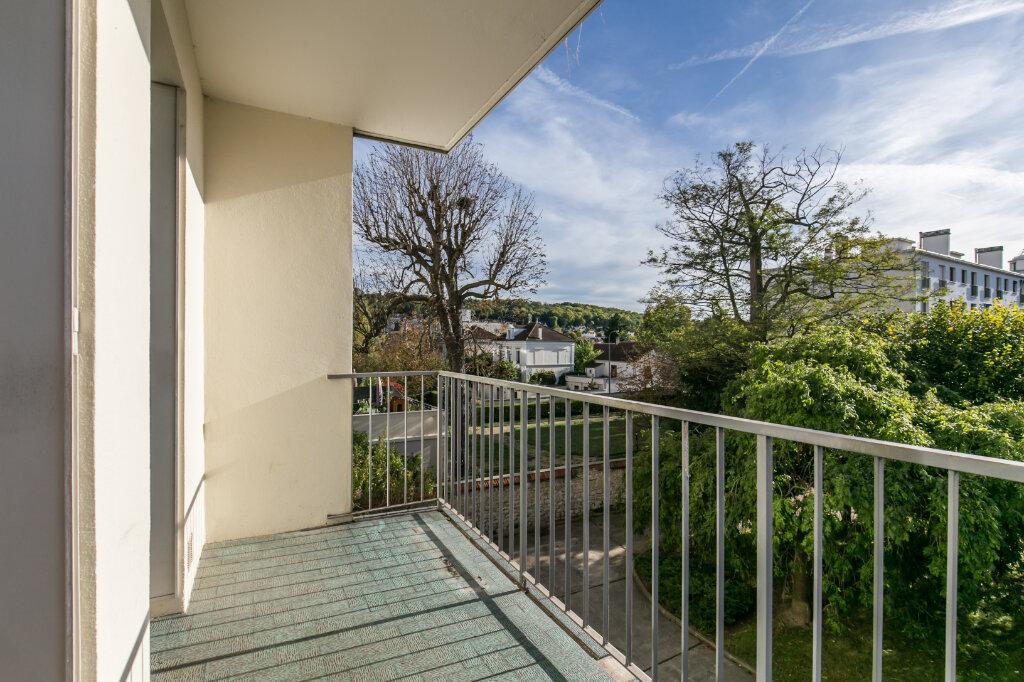Appartement à vendre 4 90m2 à La Varenne - Saint-Maur-des-Fossés vignette-3