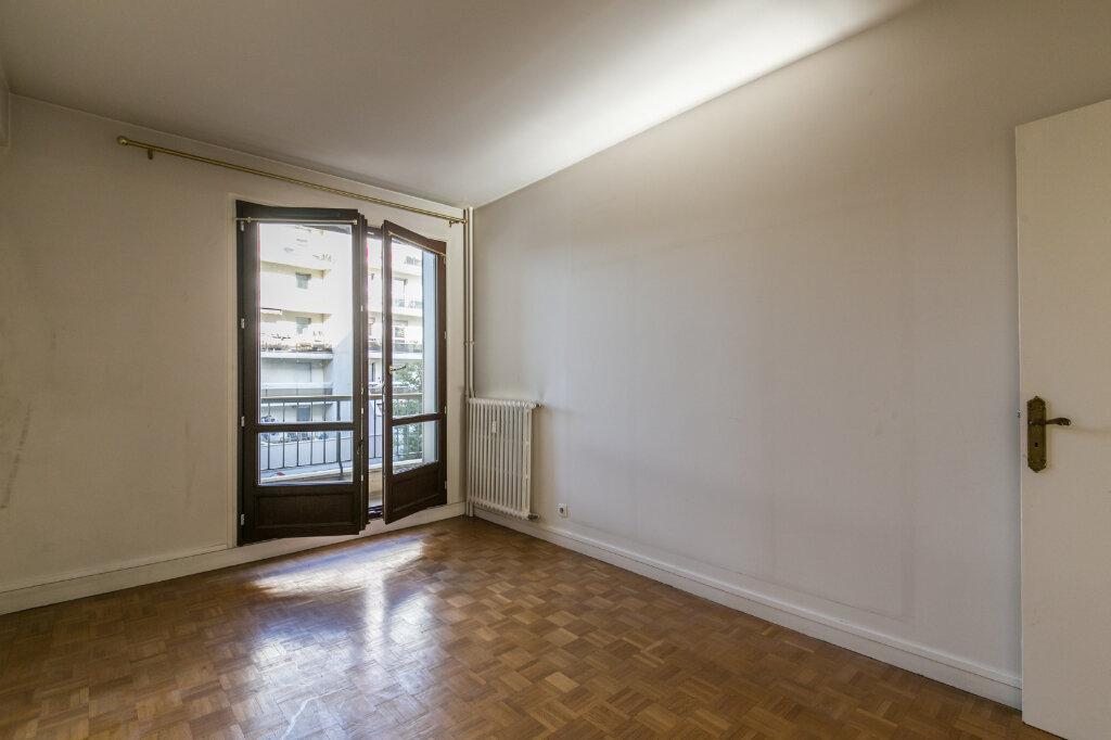 Appartement à vendre 4 90m2 à La Varenne - Saint-Maur-des-Fossés vignette-4
