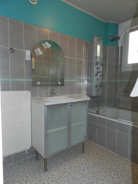 Appartement à louer 3 81.4m2 à Chennevières-sur-Marne vignette-5