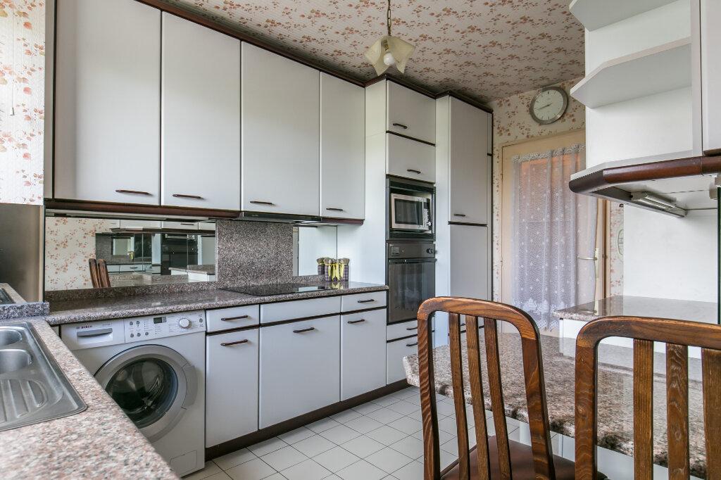 Appartement à vendre 5 98.59m2 à La Varenne - Saint-Maur-des-Fossés vignette-3