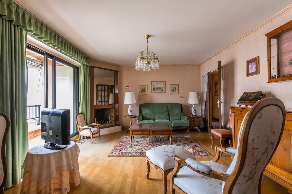 Appartement à vendre 5 98.59m2 à La Varenne - Saint-Maur-des-Fossés vignette-4