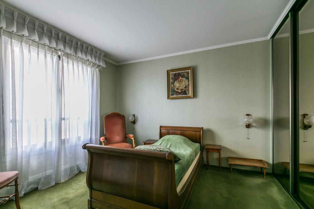 Appartement à vendre 5 98.59m2 à La Varenne - Saint-Maur-des-Fossés vignette-7