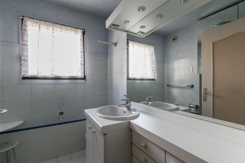 Appartement à vendre 5 98.59m2 à La Varenne - Saint-Maur-des-Fossés vignette-9
