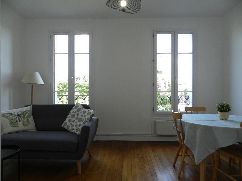Appartement à louer 2 40.73m2 à La Varenne - Saint-Maur-des-Fossés vignette-1