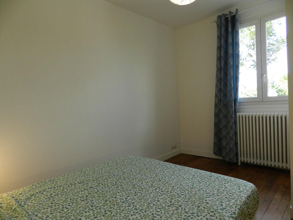 Appartement à louer 2 40.73m2 à La Varenne - Saint-Maur-des-Fossés vignette-6