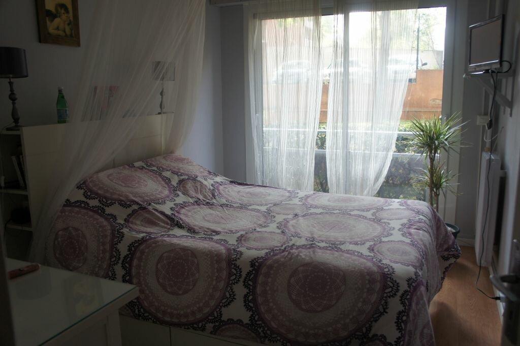 Appartement à louer 3 62m2 à Paris 19 vignette-4