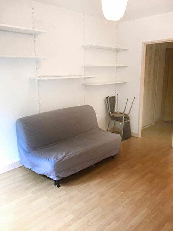 Appartement à louer 1 25.4m2 à Paris 19 vignette-1