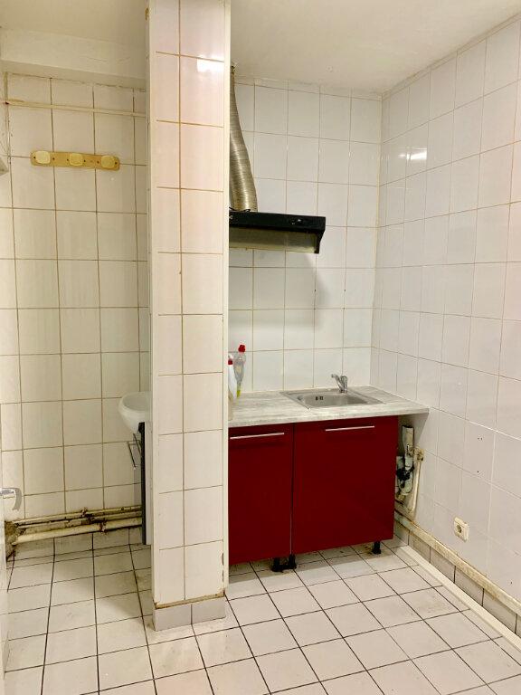 Appartement à louer 2 38m2 à Paris 20 vignette-2