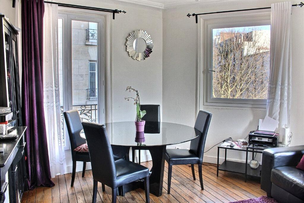 Appartement à vendre 3 41m2 à Paris 20 vignette-1