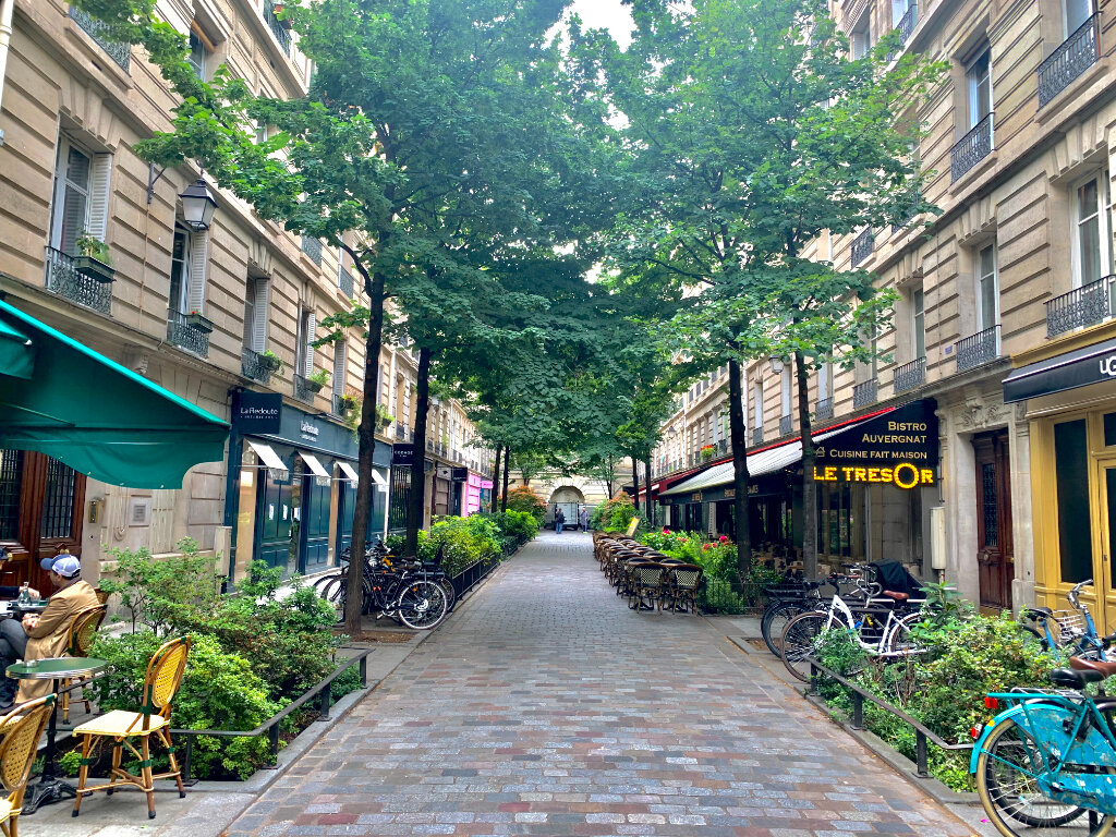 Appartement à louer 1 26.01m2 à Paris 4 vignette-1