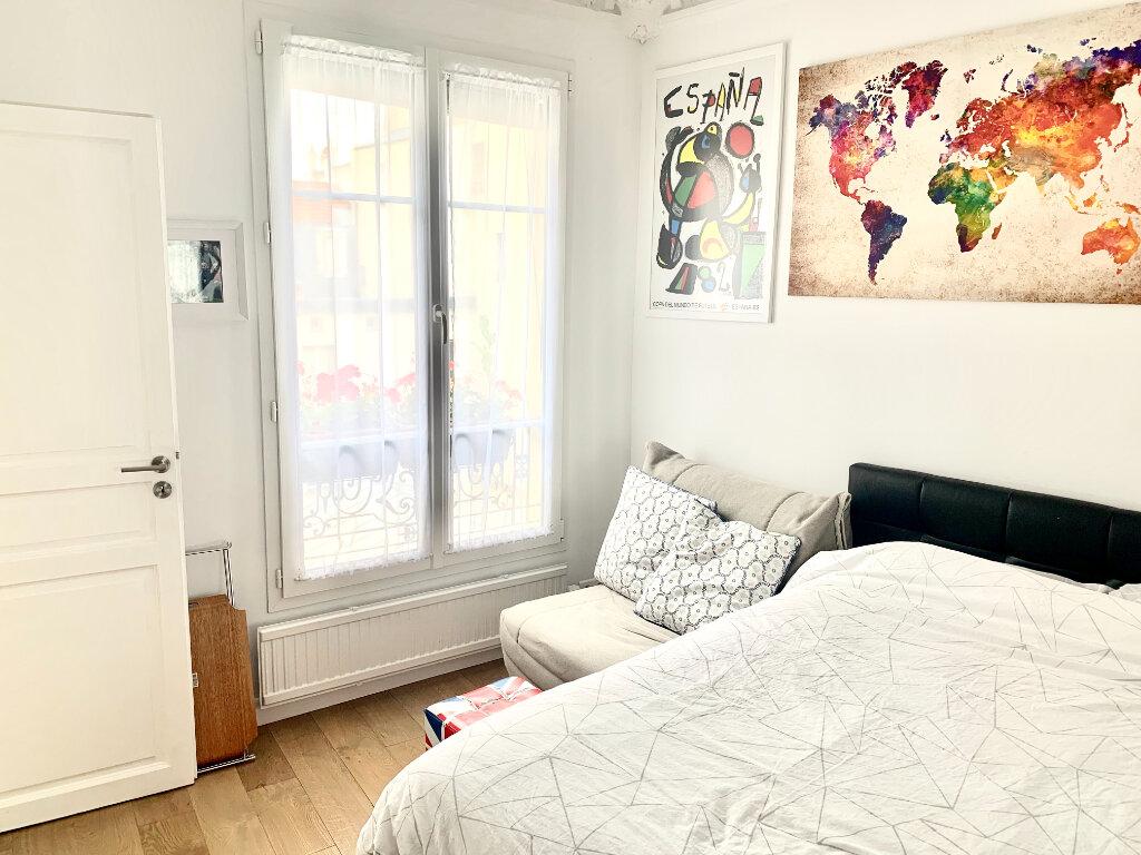 Appartement à louer 1 26.01m2 à Paris 4 vignette-2