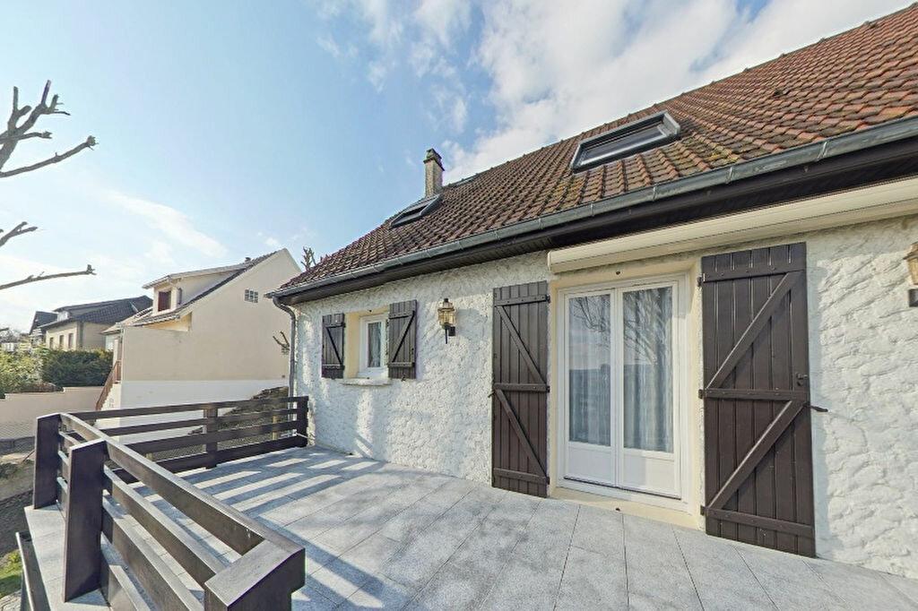 Maison à vendre 7 167m2 à Juziers vignette-1