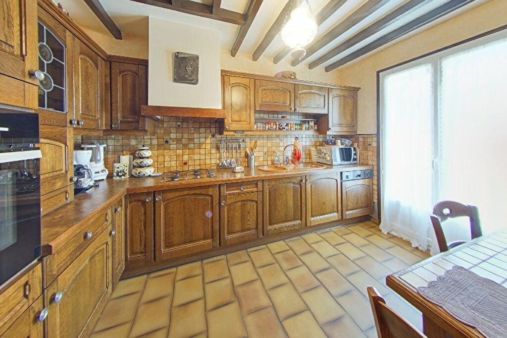 Maison à vendre 7 167m2 à Juziers vignette-2