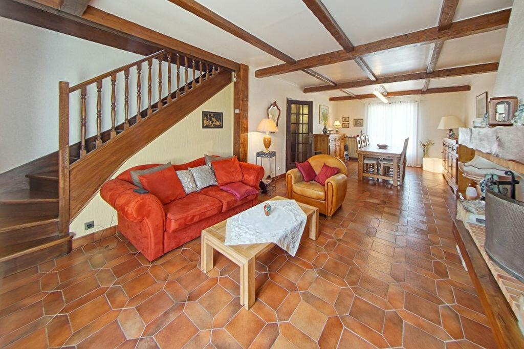 Maison à vendre 7 167m2 à Juziers vignette-3