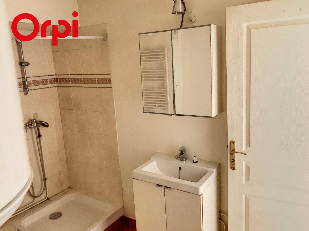 Appartement à louer 1 25m2 à Meulan-en-Yvelines vignette-3