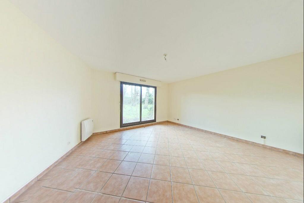 Appartement à louer 2 52m2 à Verneuil-sur-Seine vignette-1