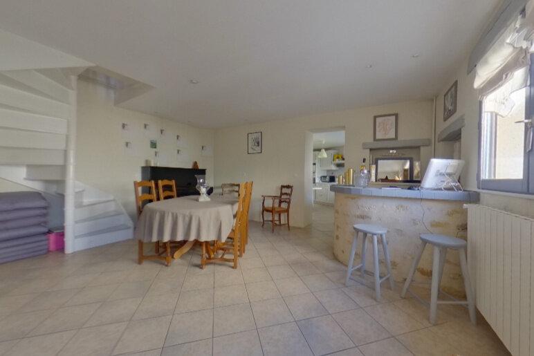 Maison à vendre 6 130m2 à Hardricourt vignette-4
