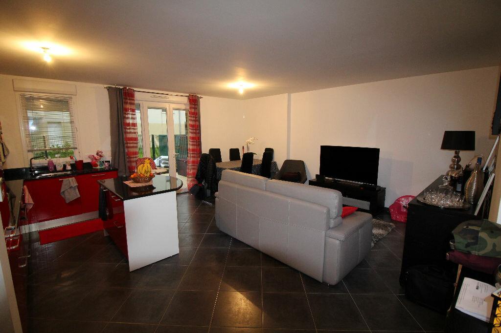 Appartement à vendre 3 68m2 à Gargenville vignette-2