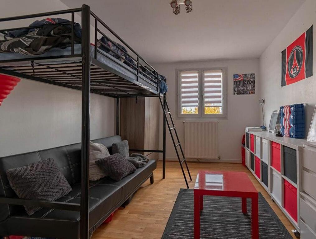 Appartement à vendre 3 68m2 à Issou vignette-4