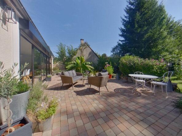 Maison à vendre 7 140m2 à Brueil-en-Vexin vignette-1