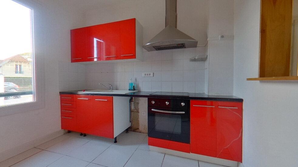 Maison à vendre 7 120m2 à Hardricourt vignette-2