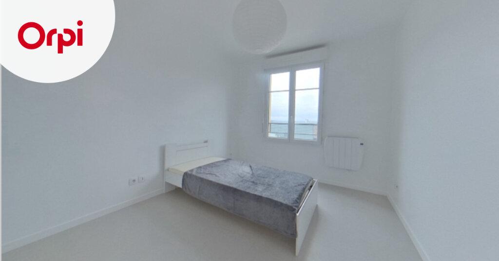 Appartement à louer 4 72.92m2 à Bonnières-sur-Seine vignette-3