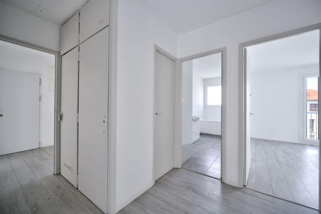 Appartement à vendre 3 72.32m2 à Toulouse vignette-2