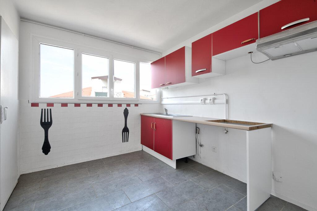 Appartement à vendre 3 72.32m2 à Toulouse vignette-3
