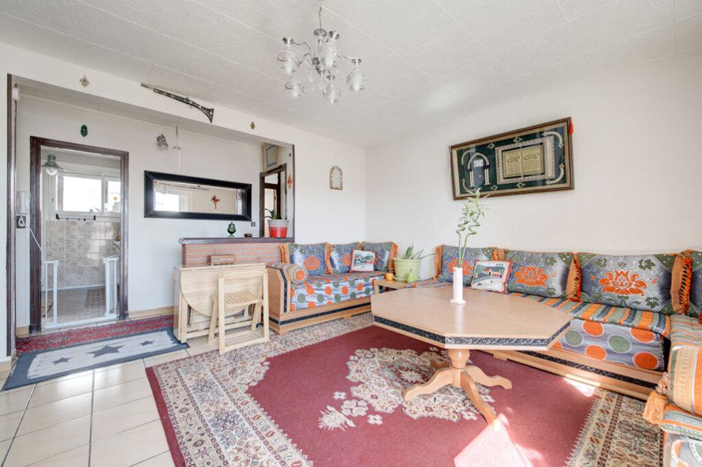 Appartement à vendre 4 69.74m2 à Toulouse vignette-3