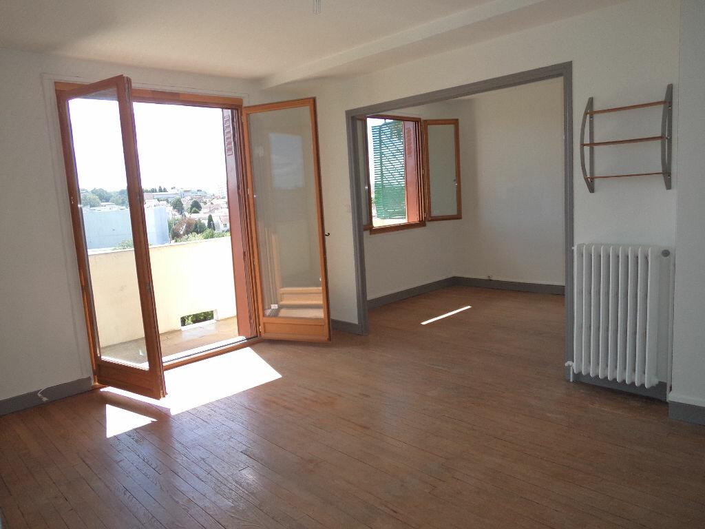 Appartement à louer 3 61.56m2 à Toulouse vignette-2