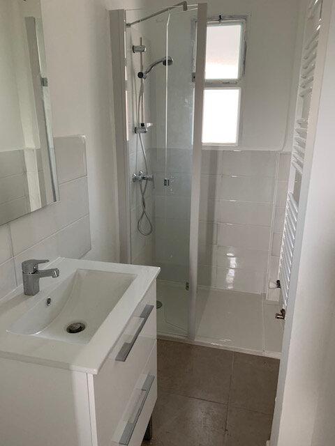 Appartement à louer 3 42.74m2 à Toulouse vignette-3