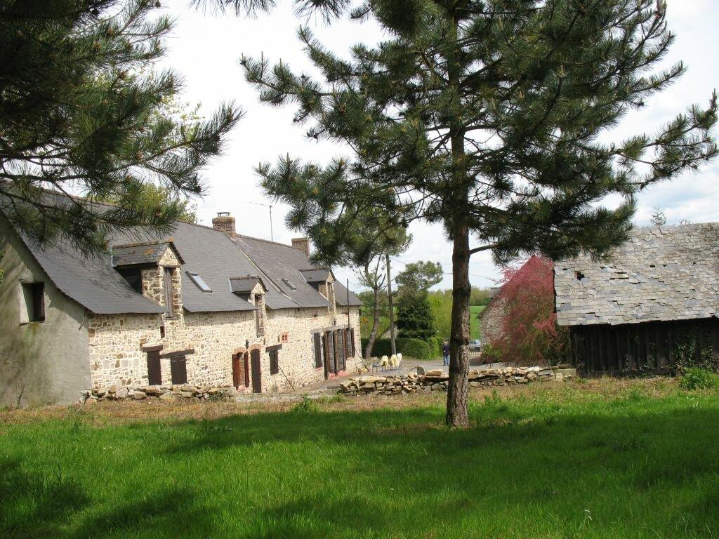 Maison à vendre 9 322m2 à Villepot vignette-1