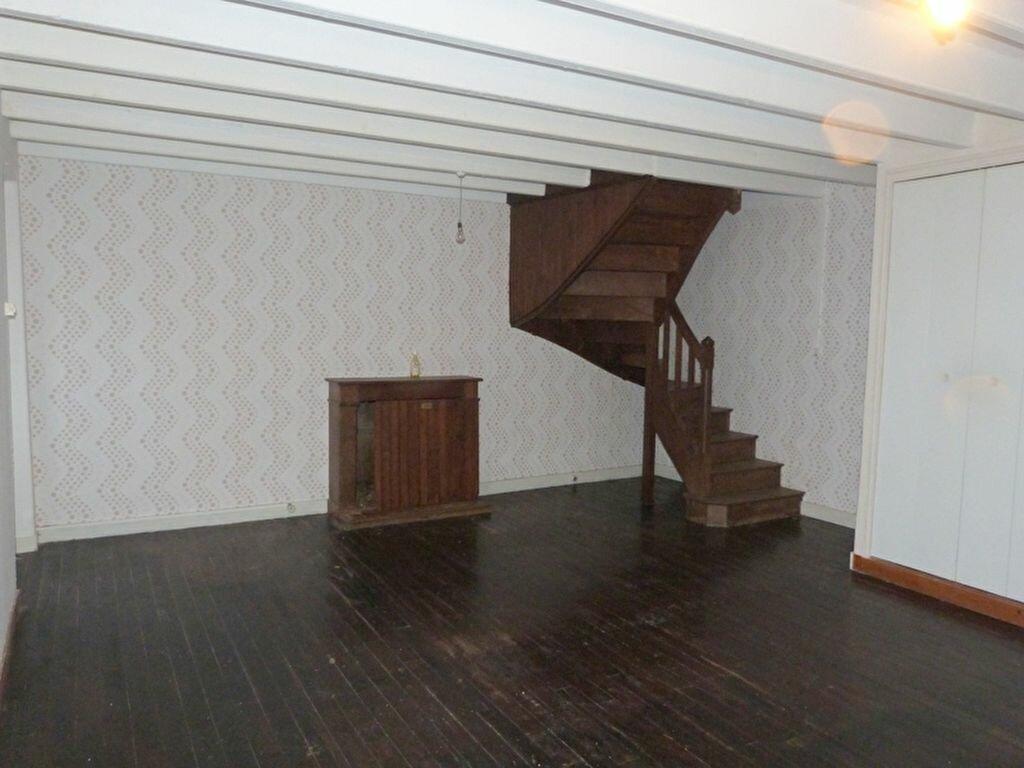 Maison à vendre 6 130m2 à Issé vignette-3