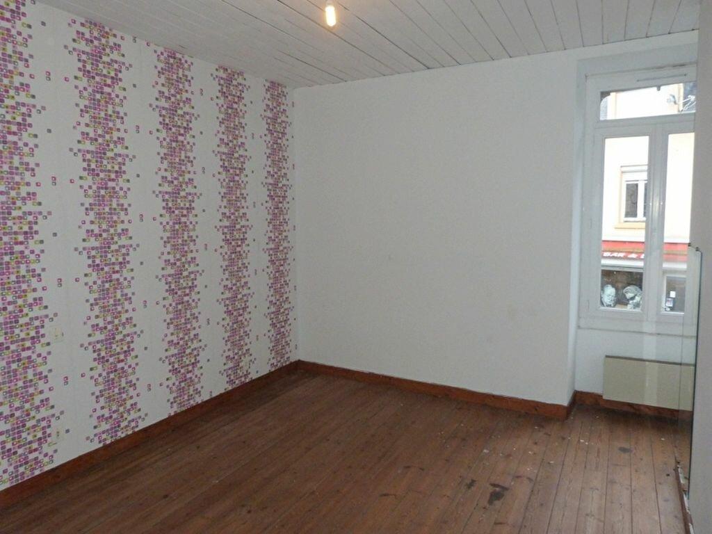 Maison à vendre 6 130m2 à Issé vignette-5