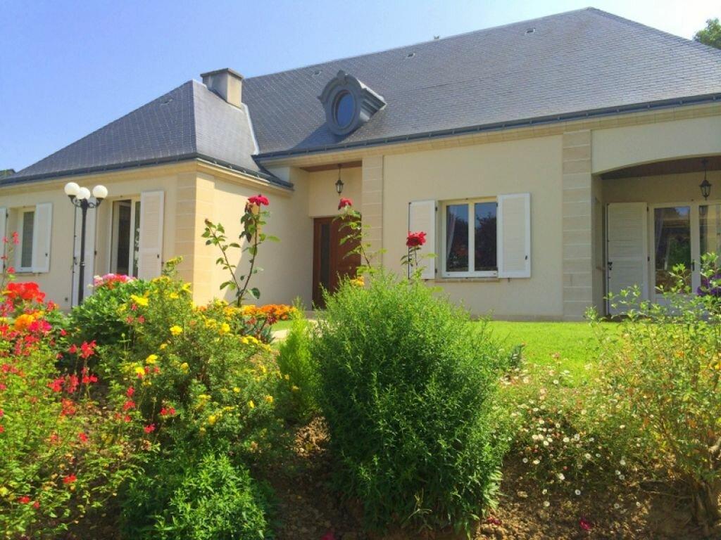 Maison à vendre 8 174m2 à Châteaubriant vignette-1