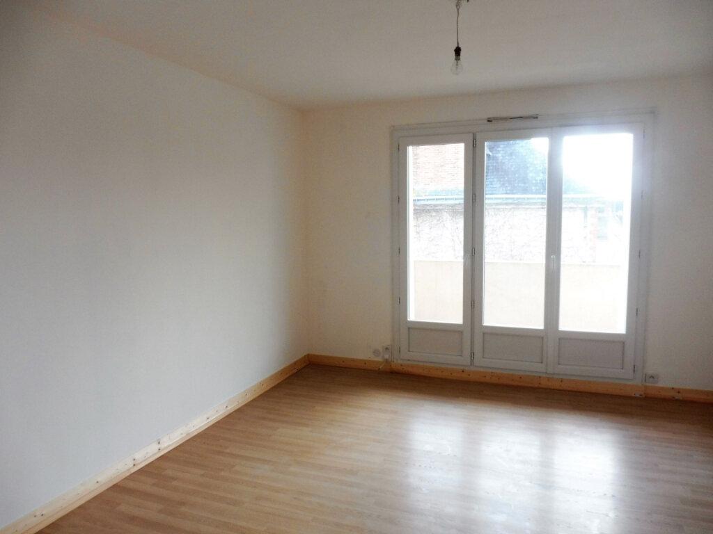 Appartement à vendre 3 67m2 à Châteaubriant vignette-1