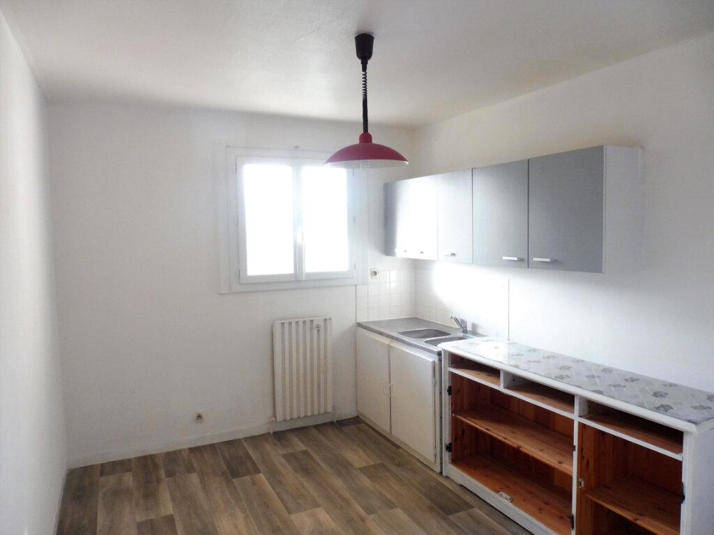 Appartement à vendre 3 67m2 à Châteaubriant vignette-2