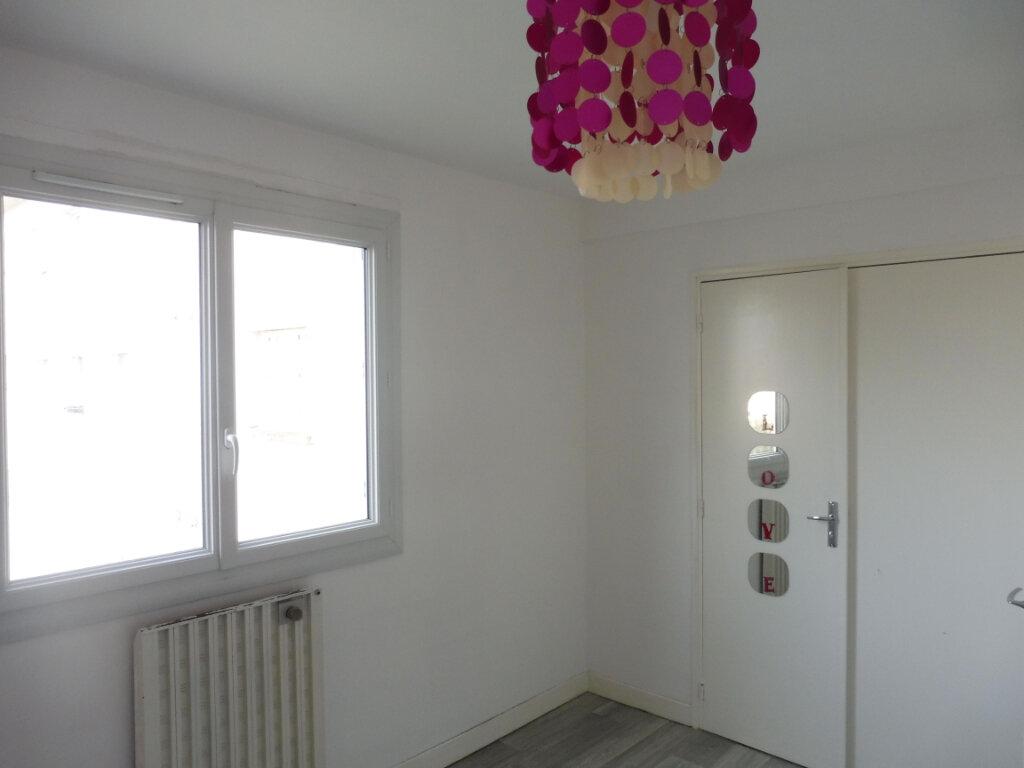 Appartement à vendre 3 67m2 à Châteaubriant vignette-7