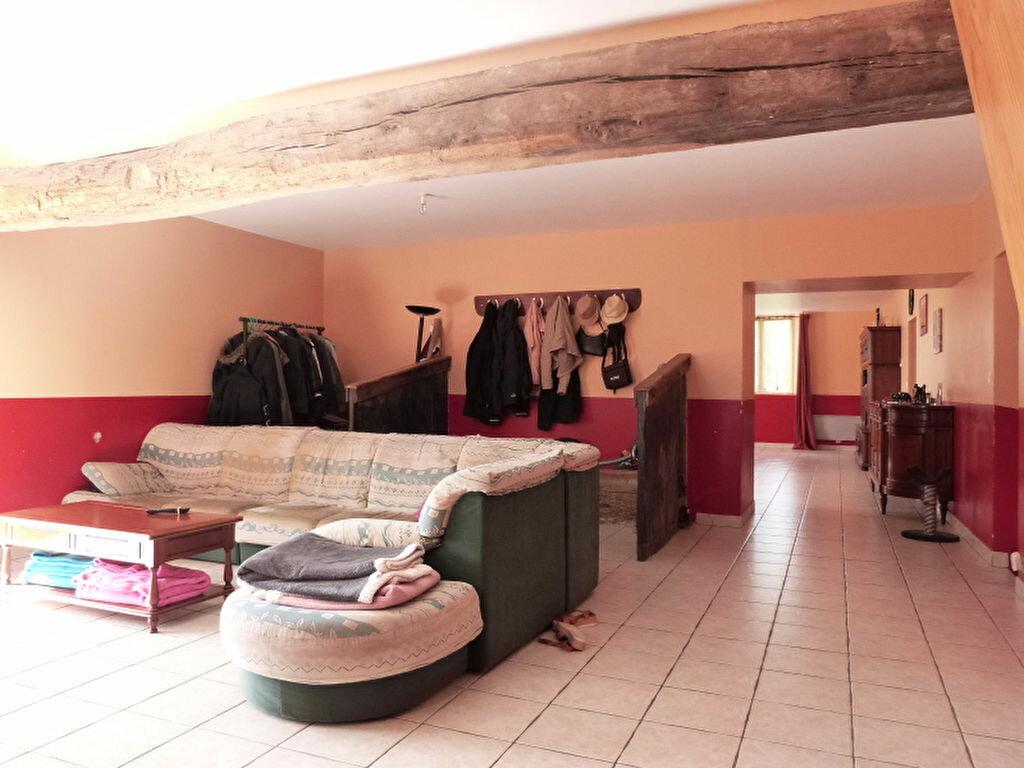 Maison à vendre 7 185m2 à Saint-Vincent-des-Landes vignette-3
