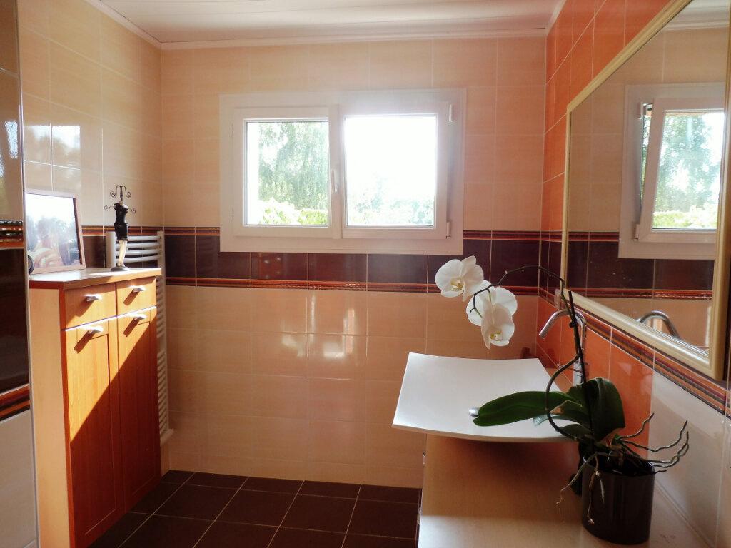 Maison à vendre 6 180m2 à Châteaubriant vignette-4