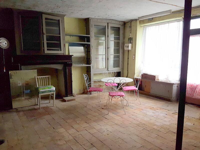 Maison à vendre 3 101m2 à Pouancé vignette-2