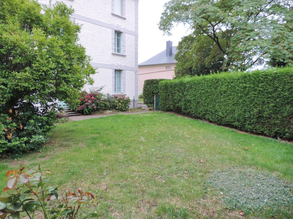 Appartement à vendre 2 58.58m2 à Bain-de-Bretagne vignette-1