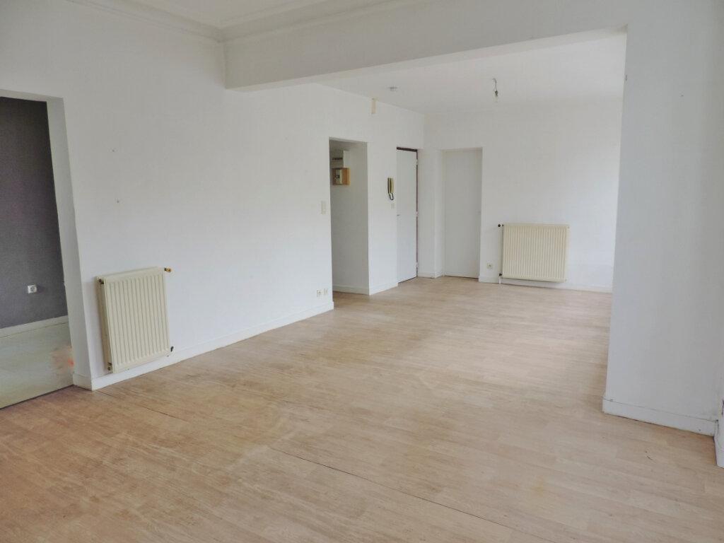 Appartement à vendre 2 58.58m2 à Bain-de-Bretagne vignette-3