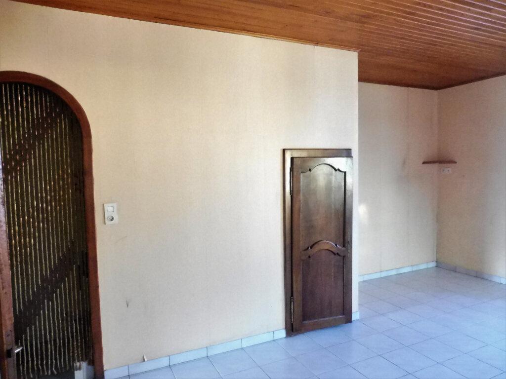 Maison à louer 4 73m2 à Martigné-Ferchaud vignette-3