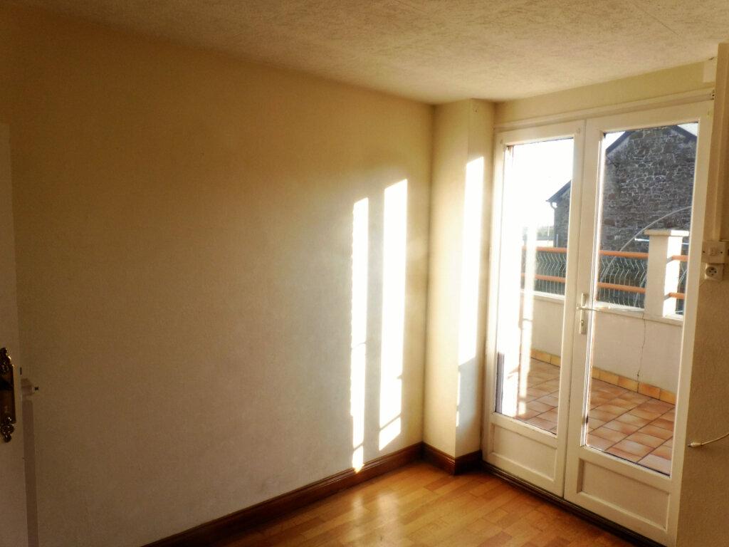 Maison à louer 4 73m2 à Martigné-Ferchaud vignette-6