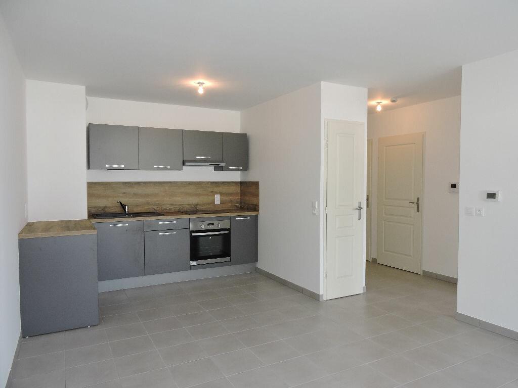 Appartement à louer 2 48.77m2 à Albertville vignette-2