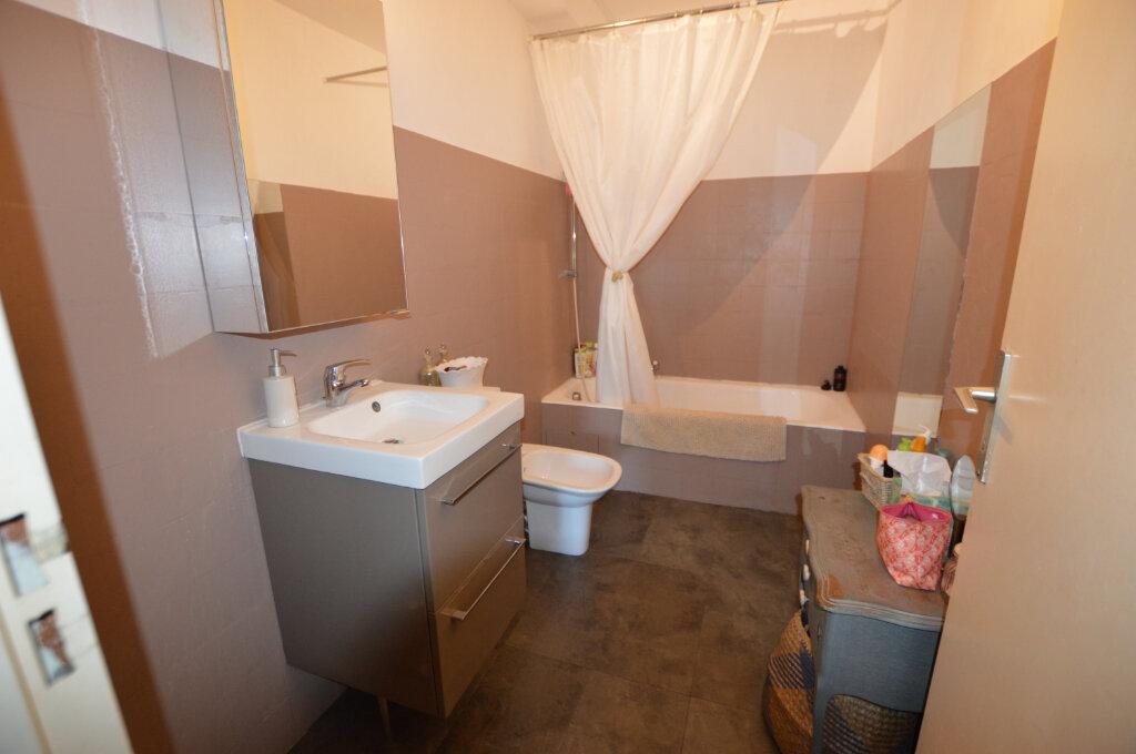 Appartement à vendre 2 67m2 à Nice vignette-9