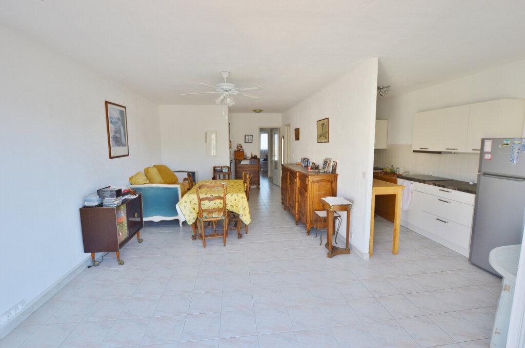 Appartement à vendre 3 70m2 à Nice vignette-4