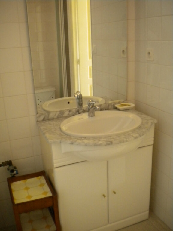 Appartement à louer 2 28m2 à Guérande vignette-4